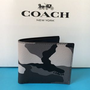 Coach Men's ID Billfold Wallet With Camo Print in